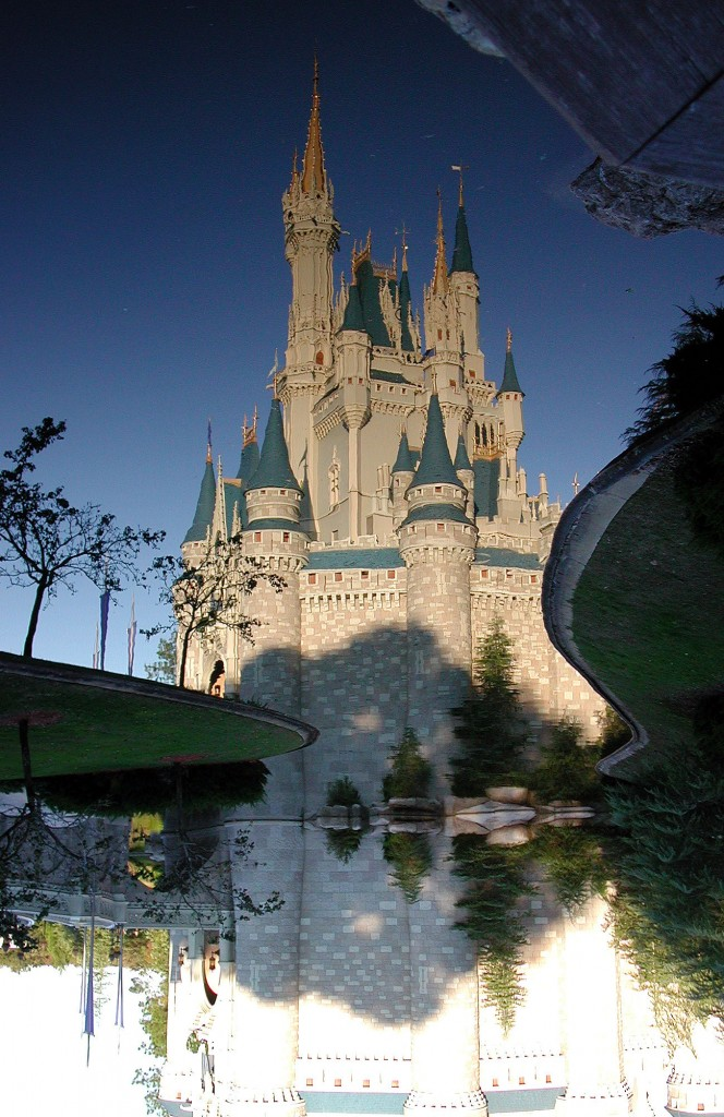 Cinderellas Schloss Disneyland Orlando florida america usa 664x1024 Disneys Magic Kingdom Park   die No.1